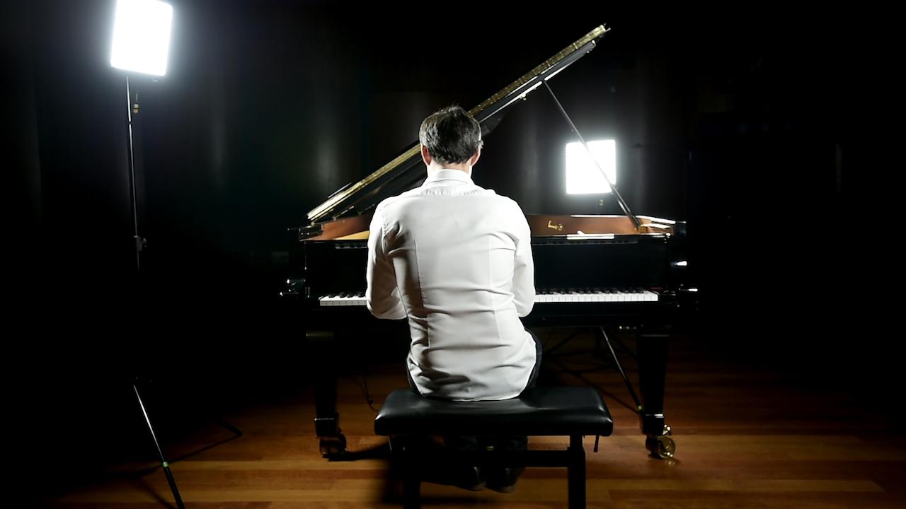 Official Website for Ivan Ilić, Pianist